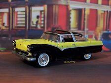1955 55 FORD FAIRLANE CROWN VICTORIA 1/64 SCALE MODEL COLLECTIBLE -  DIORAMA