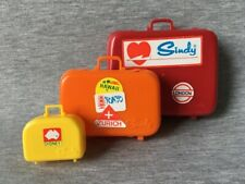 Pedigree Sindy Luggage 1980 suit case valise set 44385 doll accessory prop 1:6