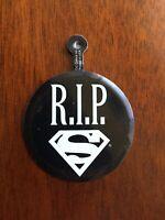 Vintage 1992 R.I.P. Superman Collector's Medal Pin Badge DC Comics