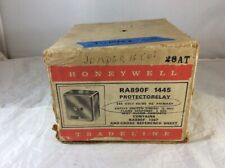 NEW Honeywell RA890F 1445 Protectorelay Flame Safeguard Burner Control Relay