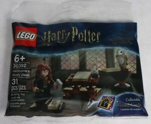 LEGO 30392 Harry Potter Hermione's Study Desk 31pcs New