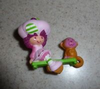Vtg 1983 Rasberry Tart w Rhubarb Monkey Strawberry Shortcake Miniature