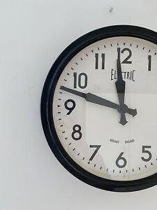 Newgate Wall Clock, Metal