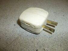Vintage Ivory Cream 3-Way Plug 15A 125V *FREE SHIPPING*
