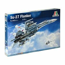 Su-27 Flanker Fighter Plastic Kit 1:72 Model ITALERI