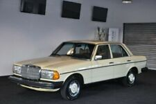 Mercedes-Benz W123 Automobile