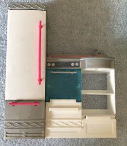 Barbie Dreamhouse Kitchen Lot Refrigerator Sink Stove Oven Replacement Part 2015