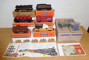LIONEL POSTWAR BOXED SET #1590 STEAM LOCOMOTIVE #249 TENDER 250T FREIGHTS 6151