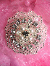 "JB152 Victorian Rhinestone Applique Pearl Silver Beaded 1.5"" Round (JB152-slcrp)"