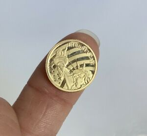 Cook Islands 2011  1/10oz .24 Fine Gold