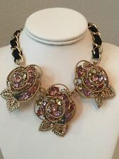 NWT Rare Betsey Johnson 3 Roses Flower Cluster Prom Party Statement Necklace