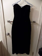 Vintage Black Velvet Dress Strapless Size 8 Cocktail Dress Retro Little Black