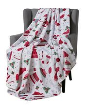 Christmas Throw Blanket: Warm and Cozy Velvet Fleece Design
