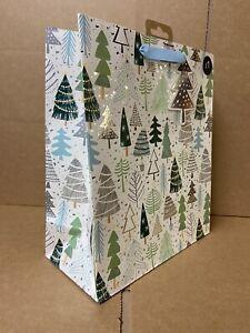 36 TREE CHRISTMAS GIFT BAGS SILVER WHITE BLUE WHOLESALE JOBLOT SHOP PRESENT XM33