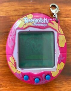 Pink Bandai Tamagotchi V1 (vintage)