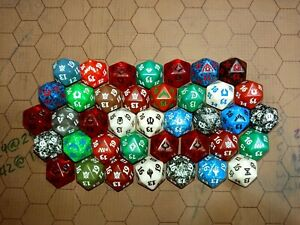 Lot of 34 Magic the Gathering MTG Magic Spindown Life Counter Dice d20 Fat Pack