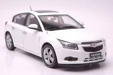 Chevrolet Cruze hatchback car model in scale 1:18 white