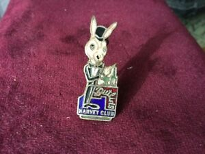 butlins Filey, Harvey club enamel badge 1960,s rare and in very good condition