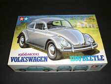 Un TAMIYA ONU Made Kit Plastique de 1966 Volkswagen Beetle 1300, boxed