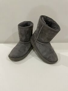 UGG Classic II 1017703T Grey Suede 100% Authentic Toddler Boots - Sz. 12