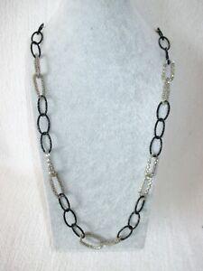 12 edle, lange Halsketten, in schwarz-rhodiumfarben
