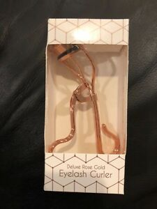 NEW Pacific World Corp Deluxe Rose Gold Eyelash Curler