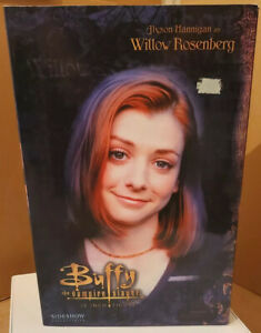 Buffy  Willow Sideshow 12inch Figure Doll