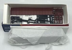Branchline 1006 HO Scale  Texas & Pacific Single Door Boxcar Kit MT/Box