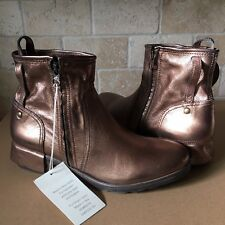 86298d01d9c4 New ListingUGG ITALIAN COLLECTION STELLA BRONZE METALLIC LEATHER ANKLE  BOOTS SIZE 11 WOMENS