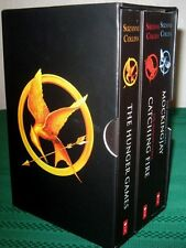 The Hunger Games Book Set in Display Box, By: Suzanne Collins - Excellent!!!