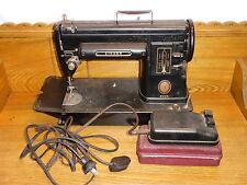 Vintage Singer 301A Sewing Machine - Needs TLC
