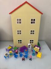 "Peppa Pig Lights 'N' Sounds Family Home Playset 22"" House HTF / EUC"