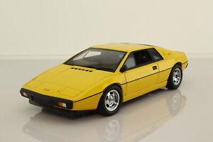 Auto Art 75301 1:18 Scale; Lotus Esprit Type 79; Yellow; Minor Damage