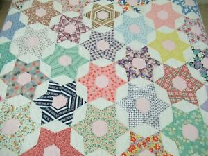 """NEEDS TLC Vintage Feed Sack Hand Pieced & Quilted HEXAGONAL STAR Quilt 92"""" x 75"""""""
