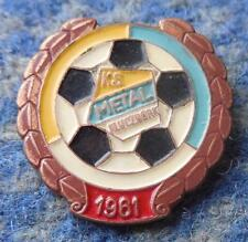 METAL KLUCZBORK POLAND FOOTBALL SOCCER FUSSBALL 1970's PIN BADGE