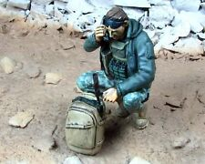 Djiti's 1/35 Us Special Forces Soldier using Prc-113 Radio [Resin Figure] 35045