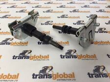 Land Rover Defender 90 110 130 (02 On) Wiper Arm Wheelbox & Spindle End x2 - OEM