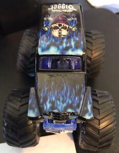Hot Wheels Monster Jam Son Uva Digger 1/64