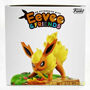 Pokemon Center An Afternoon with Eevee & Friends - Flareon Figure by Funko