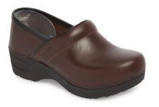 Dansko XP 2.0 Brown Waterproof Pull Up Clog Women's sizes 36-42/6-12 NEW!!!