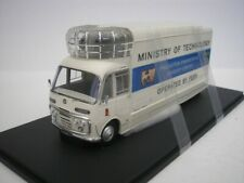 BEDFORD SB3 MOBILE CINEMA GB 1967 WEISS / BLAU 1/43 AUTOCULT ATC10004