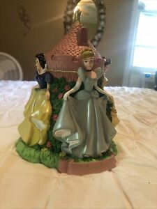 Walt Disney World Princesses Castle Coin Piggy Bank Disneyland Resort