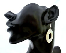 Moderne Ohrringe, echtes Perlmutt, Naturmaterial, Ohr-Hänger, rund, Kreis