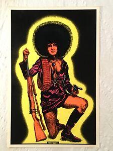 Pantheress '71 Blacklight Poster Flocked Black Panther Gun Afro African American