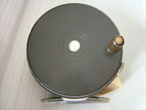 """Vintage Hardy Perfect, 3 3/8"""" Trout Fly Fishing Reel. Agate Line Guide Excellent"""