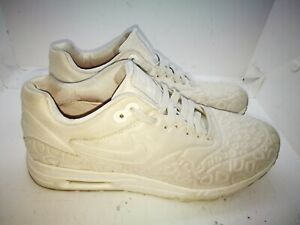 Nike Air Max casual trainers size 5