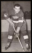 1957-58 J. D. McCARTHY POSTCARD~GUYLE FIELDER~ROOKIE~RARE~DETROIT RED WINGS