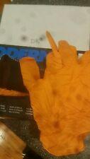 one box of 100 latex gloves orange 7ml size large