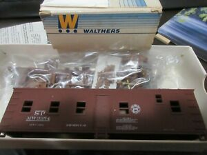 WALTHERS # 5530 HO SCALE SOUTHERN PACIFIC 40' KITCHEN CAR # SP3354 (1984)