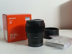 Sony FE 85mm f/1.8 Full Frame Lens - Excellent Condition